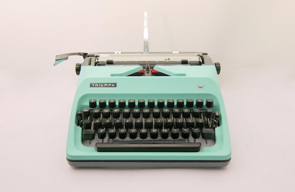 typewriter-turquoise